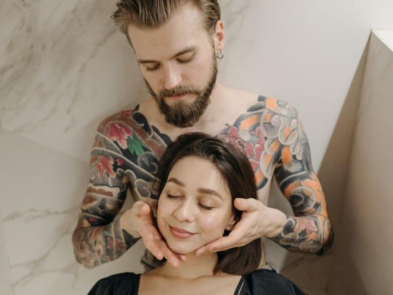 sex shop eroprezent.pl wpis blogowy Masaż erotyczny dobra atmosfera Jak przygotować zmysłowy masaż erotyczny